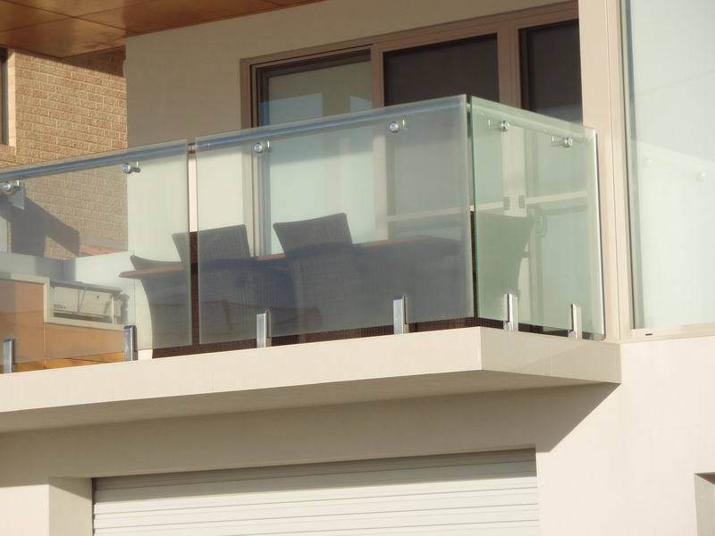 Shine steel railing products in rajkot - Ballas de madera ...